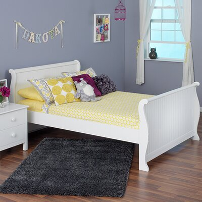 Dakota Sleigh Bed Size: Full