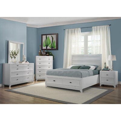 Bishopville Queen Platform Customizable Bedroom Set