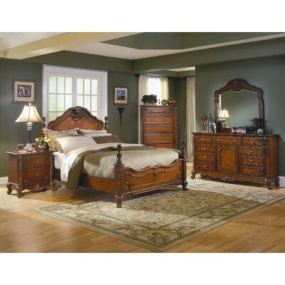 1385 Series Panel Bed in Warm Cherry Size Queen