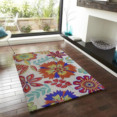 Vivid Beige Floral Indoor/Outdoor Area Rug Rug Size: Rectangle 5 x 7