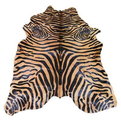 Astonishing Soft Zebra Design Vibrant Hand-Woven Black/Caramel Area Rug
