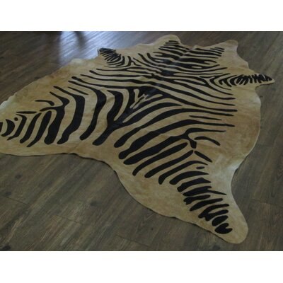 Captivating Exotic Zebra Design Hand-Woven Black/Beige Area Rug