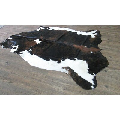 Captivating Exquisite Tiger Design on a Java Hand-Woven Beige/Black Area Rug