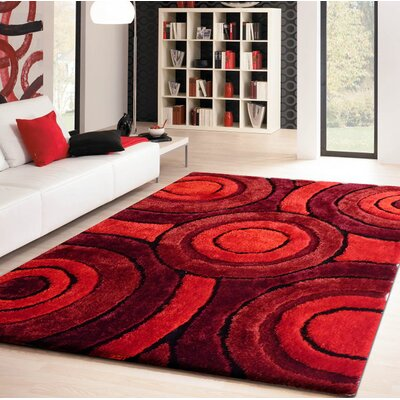 Living Shag Shades of Red Rug Rug Size: 5 x 7