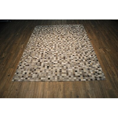 Izaiah Hand-Woven Slate/Gray Area Rug