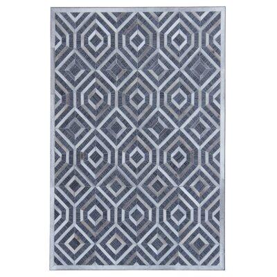 Simeon Hand-Woven Gray/White Area Rug