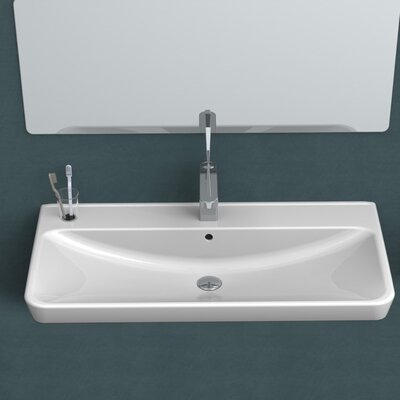 Belo Ceramic 32 Wall Mounted Bathroom Sink with Overflow Faucet Mount: Single Hole