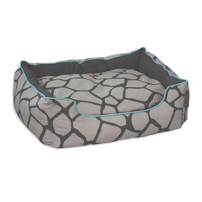 Giraffe Couch Pet Bed Size: Medium (24 L x 28 W), Color: Light Gray on Dark Gray
