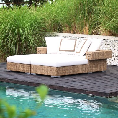 Hollywood Chaise Daybed with Cushions image