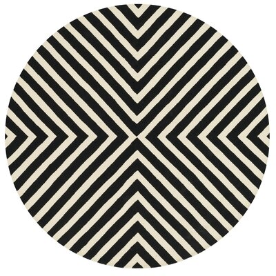 Palm Springs Hand-Hooked Black/Beige Indoor/Outdoor Area Rug Rug Size: Round 710