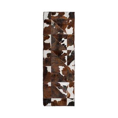 Danwood Stitch Hand-Woven Cowhide White/Chocolate Area Rug