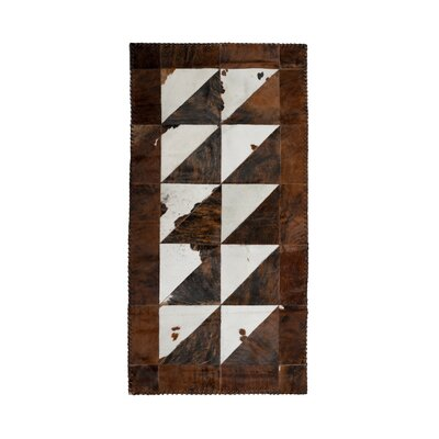Darcus Stitch Hand-Woven Cowhide White/Chocolate Area Rug