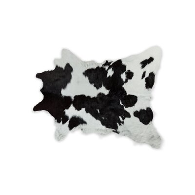 Hafsa Hand-Woven Cowhide Black/White Area Rug