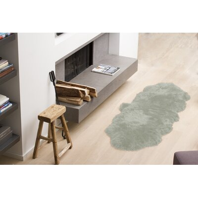 Halsey Hand-Woven Sheepskin Mint Area Rug