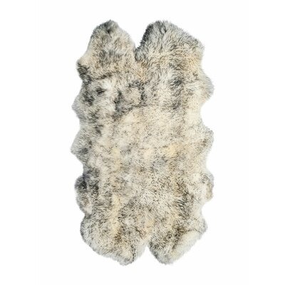Oma Hand-Woven Sheepskin Gradient Gray Area Rug