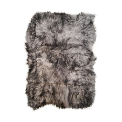 Currywood Hand-Woven Sheepskin Gray Area Rug