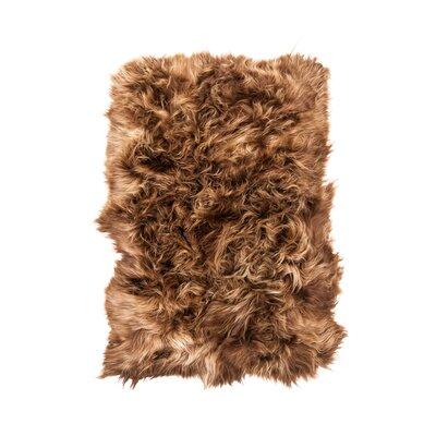 Dadiva Hand-Woven Sheepskin Rusty Brisa Area Rug