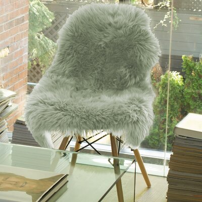 Wilhelmina Hand-Woven Sheepskin Mint Area Rug