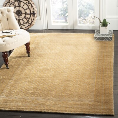Diamond Eye Sage/Gold Area Rug Rug Size: Rectangle 5 x 76