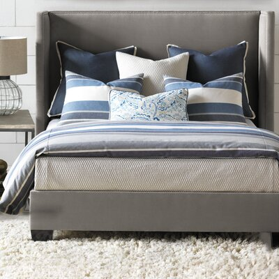 Wainscott Hand Tacked Comforter Size: Queen, Color: Denim