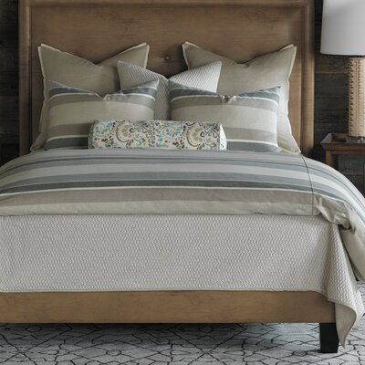 Wainscott Hand Tacked Comforter Size: Full, Color: Buff