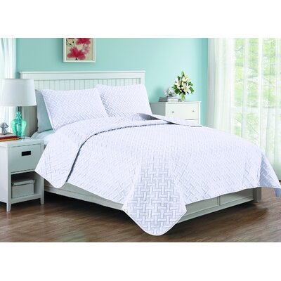 Afton 3D Etched Basket Weave Quilt Set Size: Queen, Color: White