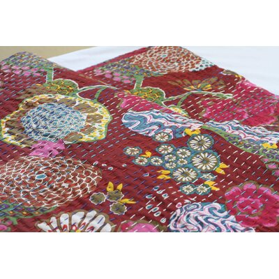 Handmade Kantha Cotton Throw Size: 90, Color: Red