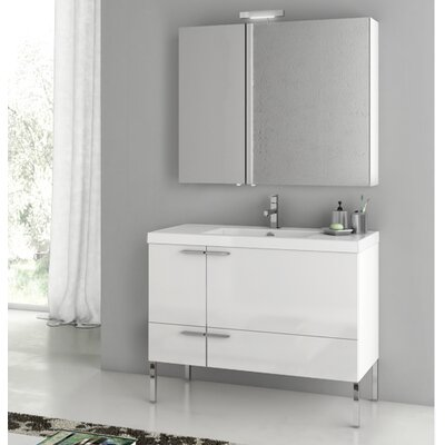 New Space 39.2 Single Bathroom Vanity Set Base Finish: Larch Canapa