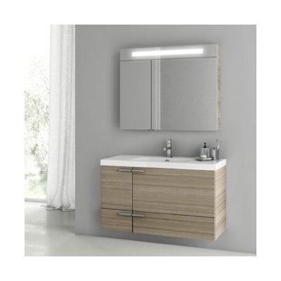 New Space 39 Single Bathroom Vanity Set Base Finish: Larch Canapa