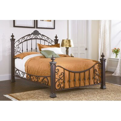 Jackson Platform Bed Size: King