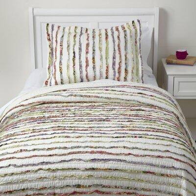 Ruffle Shuffle Bedding Set Size: Twin