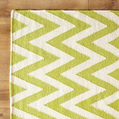 Moves Like Zigzagger Green Indoor/Outdoor Area Rug