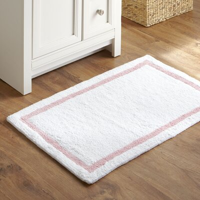 Tiny Toes Bath Mat Color: Light pink
