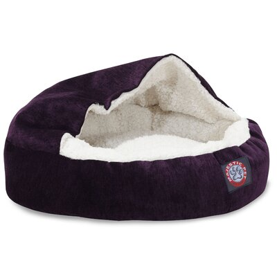 Hannah Pet Bed Color: Villa Aubergine