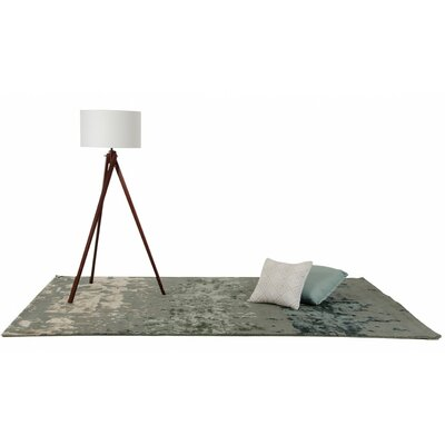 Janet Hand-Tufted Green Area Rug