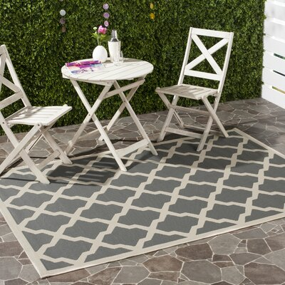 Short Gray IndoorOutdoor Area Rug Rug Size: Rectangle 53 x 77
