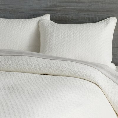Tristan Quilt Set Size: Full/Queen, Color: Ivory