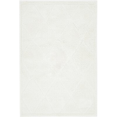Chester Ivory Area Rug Rug Size: Rectangle 4 x 6