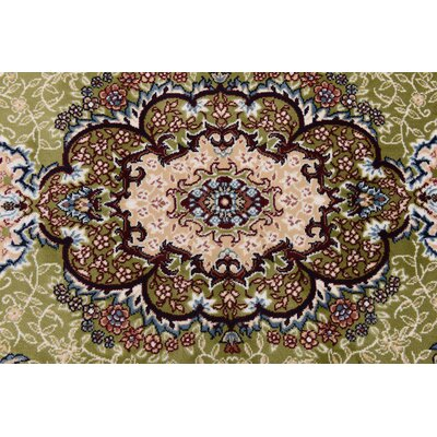 Courtright Green/Ivory Area Rug Rug Size: Rectangle 5 x 8