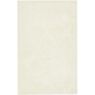 Chester Ivory Area Rug Rug Size: Rectangle 5 x 8
