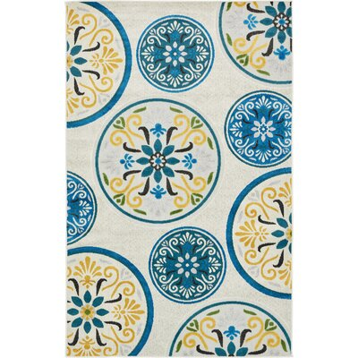 Janet Cream Indoor/Outdoor Area Rug Rug Size: 5 x 8