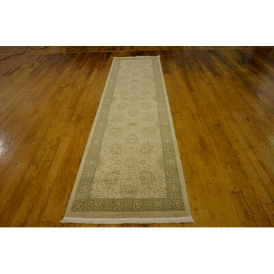 Fonciere Cream Area Rug Rug Size: Rectangle 7 x 10