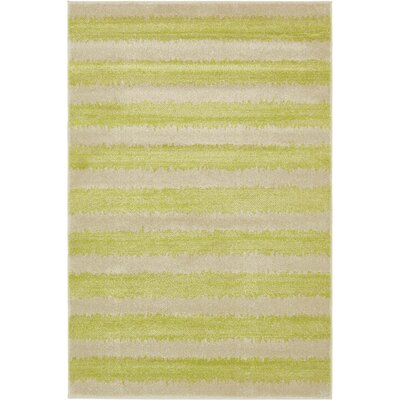 Travis Traditional Green/Beige Area Rug Rug Size: 4 x 6