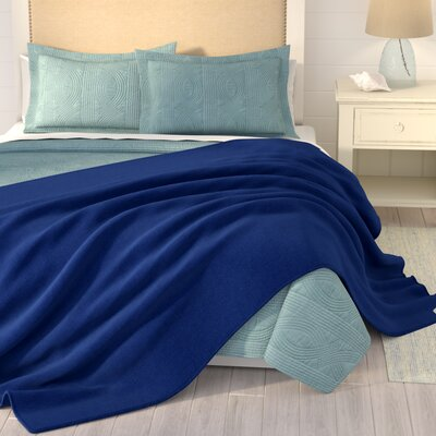 Barrett Fleece Blanket Size: Queen, Color: Navy