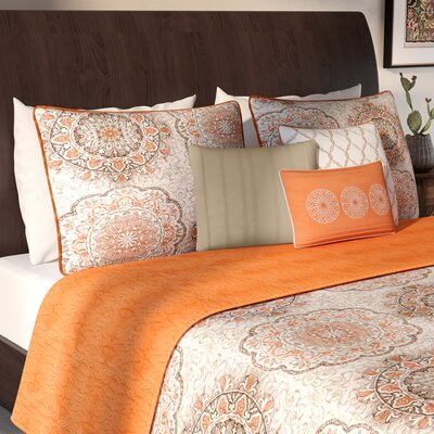 Dhawan Coverlet Set Color: Orange, Size: Full/Queen