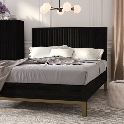 Holford Platform Bed Size: Queen