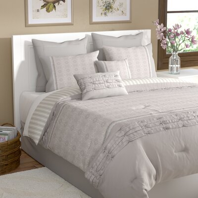 Musquee 8 Piece Comforter Set Size: Queen