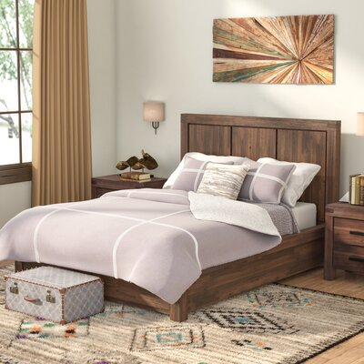 Palo Alto Storage Panel Bed Size: Queen