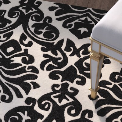 Jasper Hand-Tufted Black/Beige Area Rug Rug Size: Rectangle 8 x 10