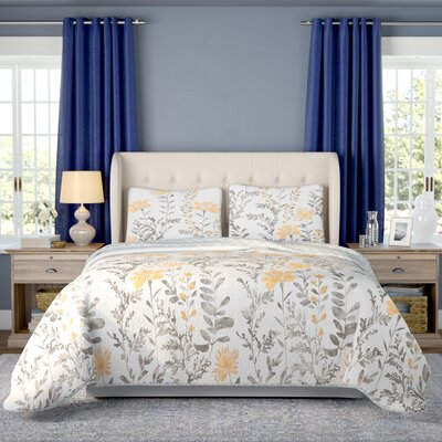 Hilliard 3 Piece Reversible Quilt Set Size: Full/Queen